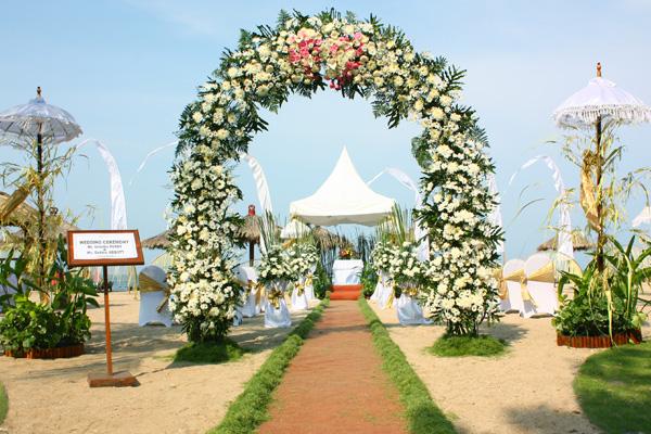 Bali tropic resort beach wedding venues bali tropic resort tanjung benoa junglespirit Images