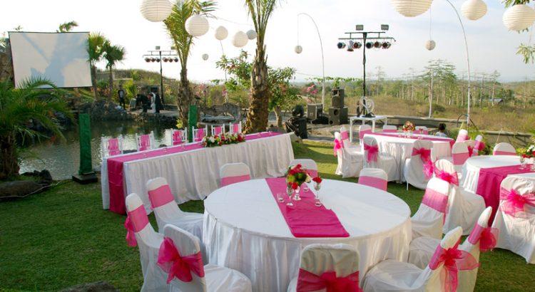bali wedding at noah chapel uluwatu
