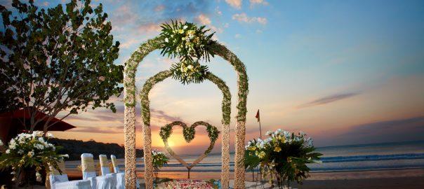 bali wedding at kupu kupu barong jimbaran