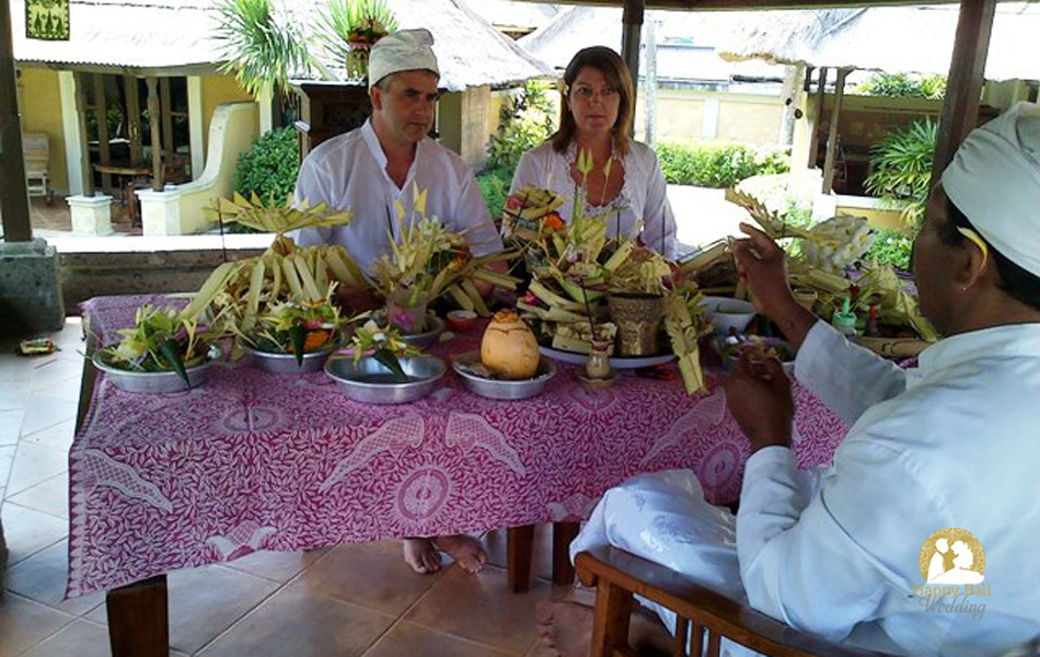 susan and peter balinese blessing ceremony