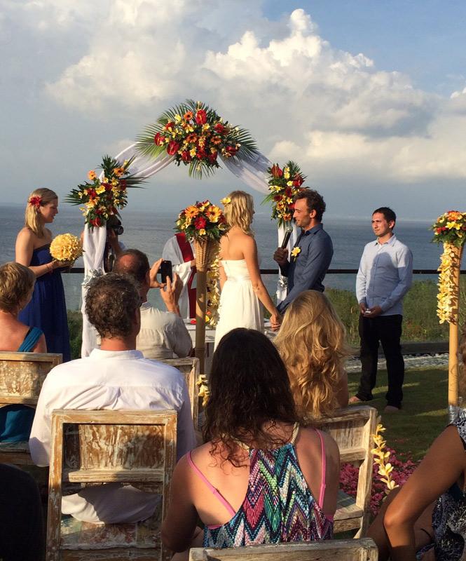 anibal & linde uluwatu wedding - happy bali wedding