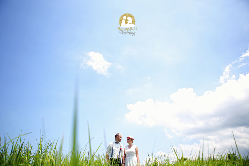 Bali Wedding Photographer - Happy Bali Wedding