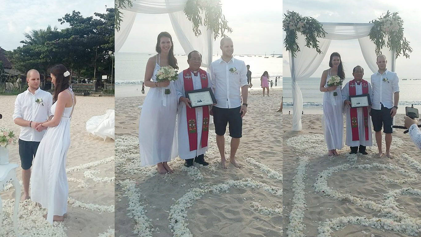 commitment beach wedding in bali