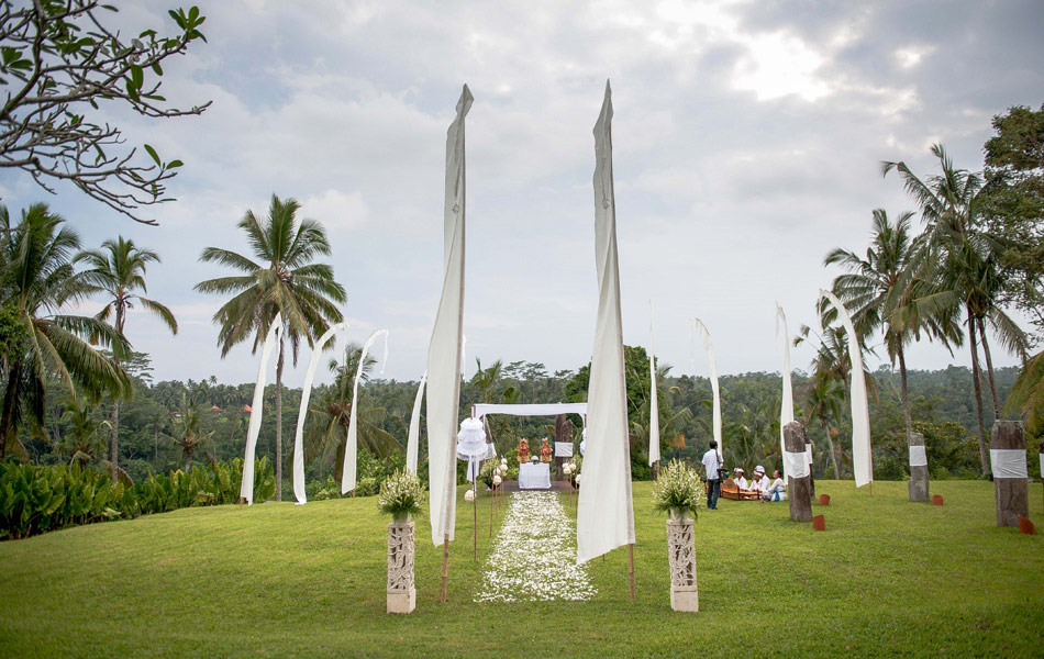 margarita wedding decoration at alila villa ubud bali
