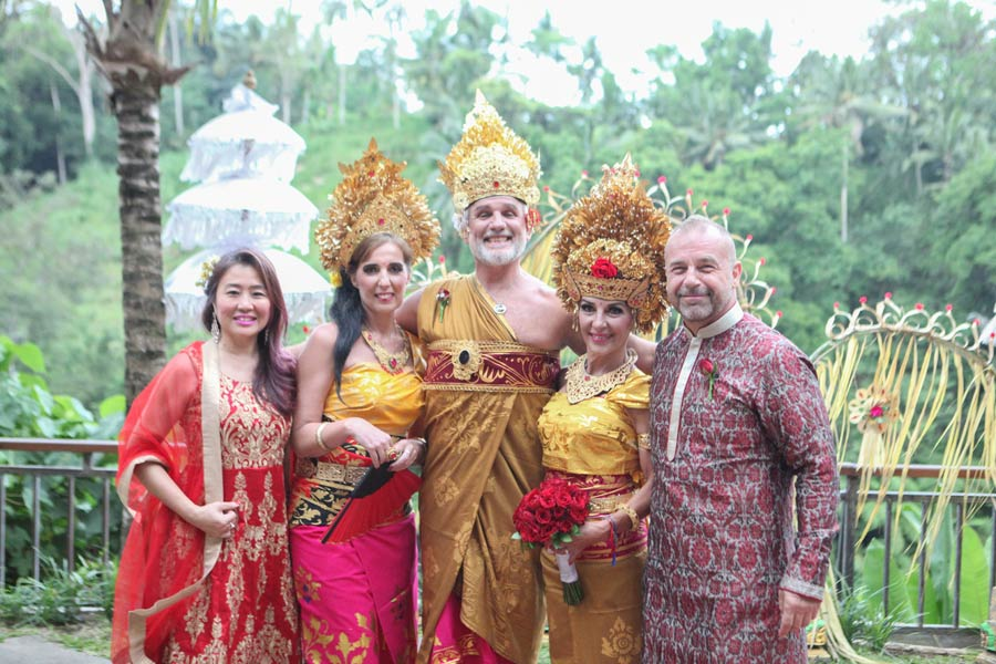Norbert and Ingrid Hoerbinger balinese wedding custom
