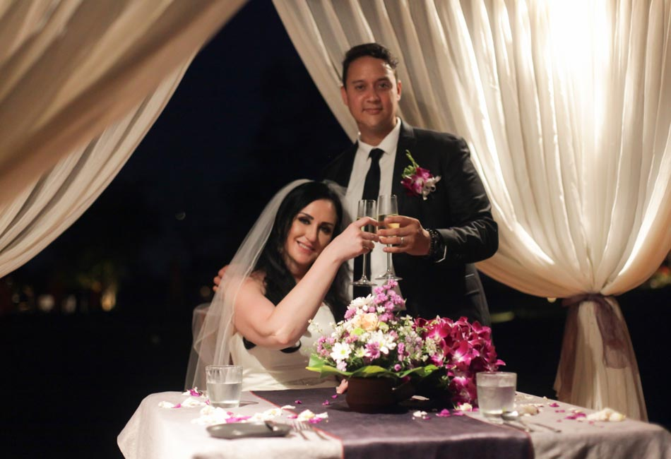 rita and mark balinese wedding with romantic dinner