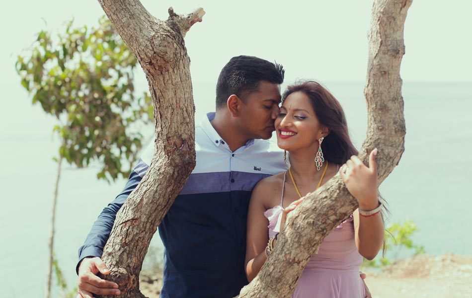 anola and wizley bali cliff top prewedding photoshot