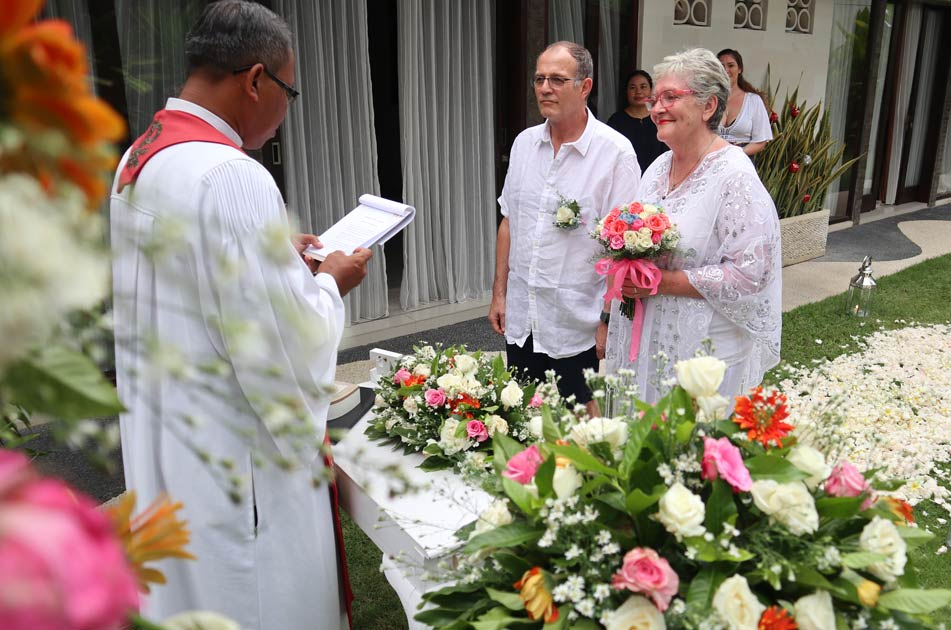 Mark and Debbie Sutherland Wedding - Lovette Villa Seminyak