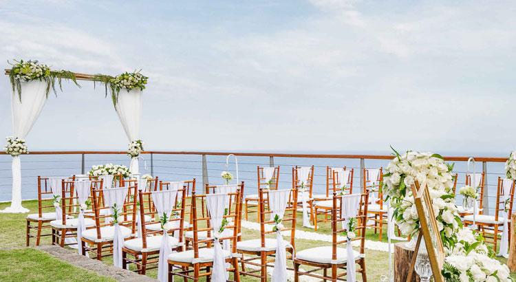 the edge uluwatu bali - wedding venue