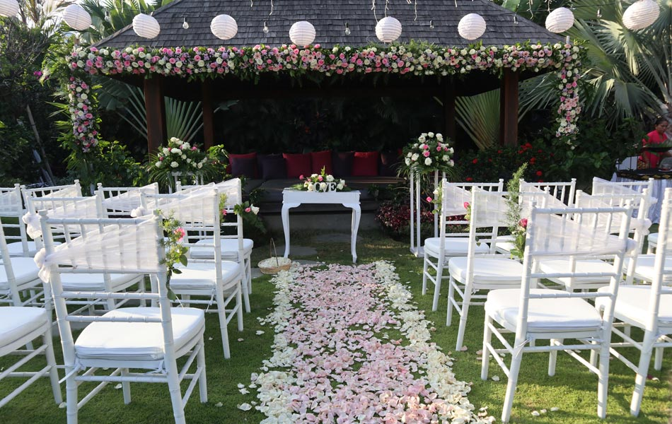 Nicole and Hendro Bali Wedding Villa Decoration