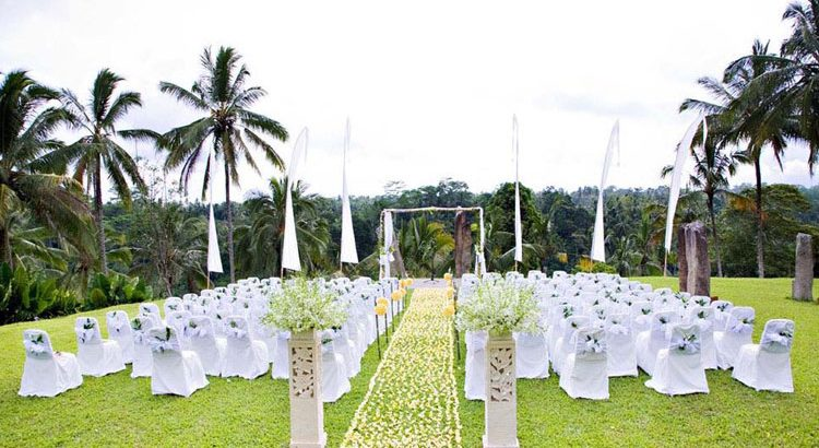 alila villas ubud wedding decoration