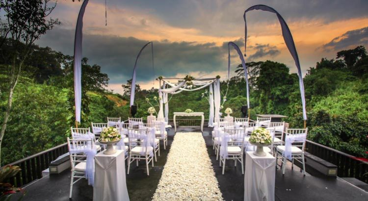 maya ubud resort wedding decoration