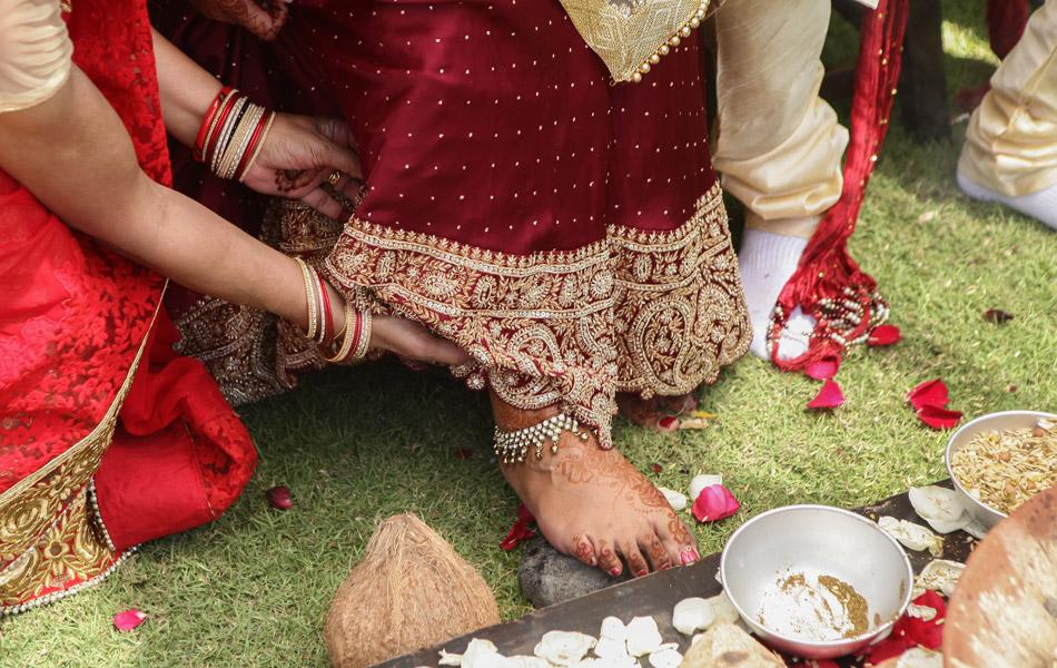 indian wedding procession