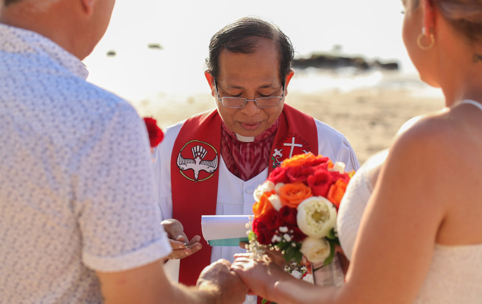 romantic bali wedding vows in bali