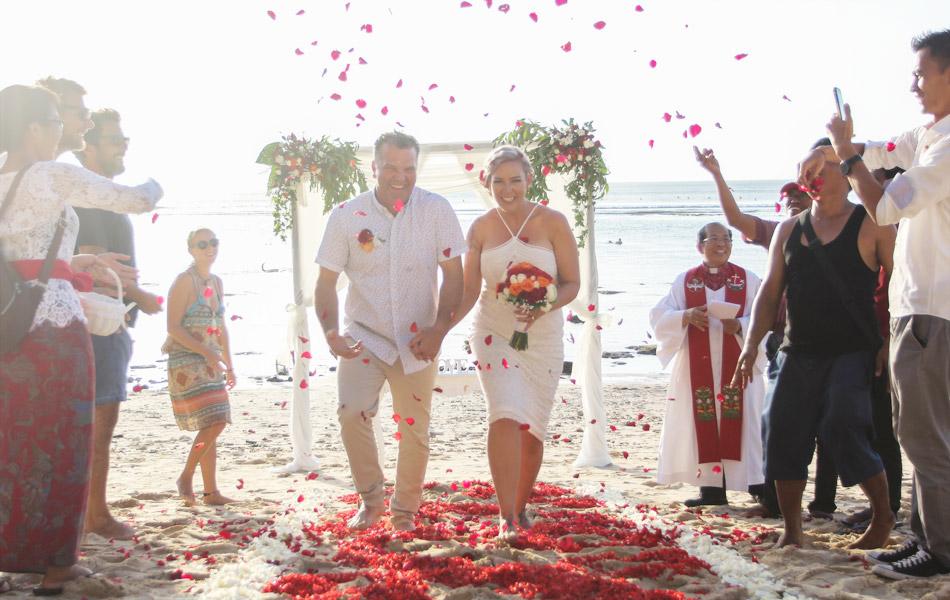 romantic bali wedding vows in bali