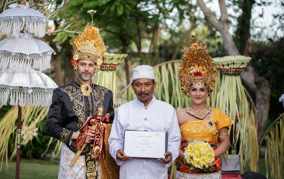 axel - kathleen balinese blessing and legal wedding