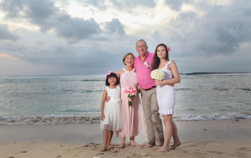 renewal bali wedding vows - beach wedding