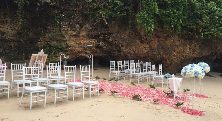 New Kuta Golf Hidden Beach Wedding