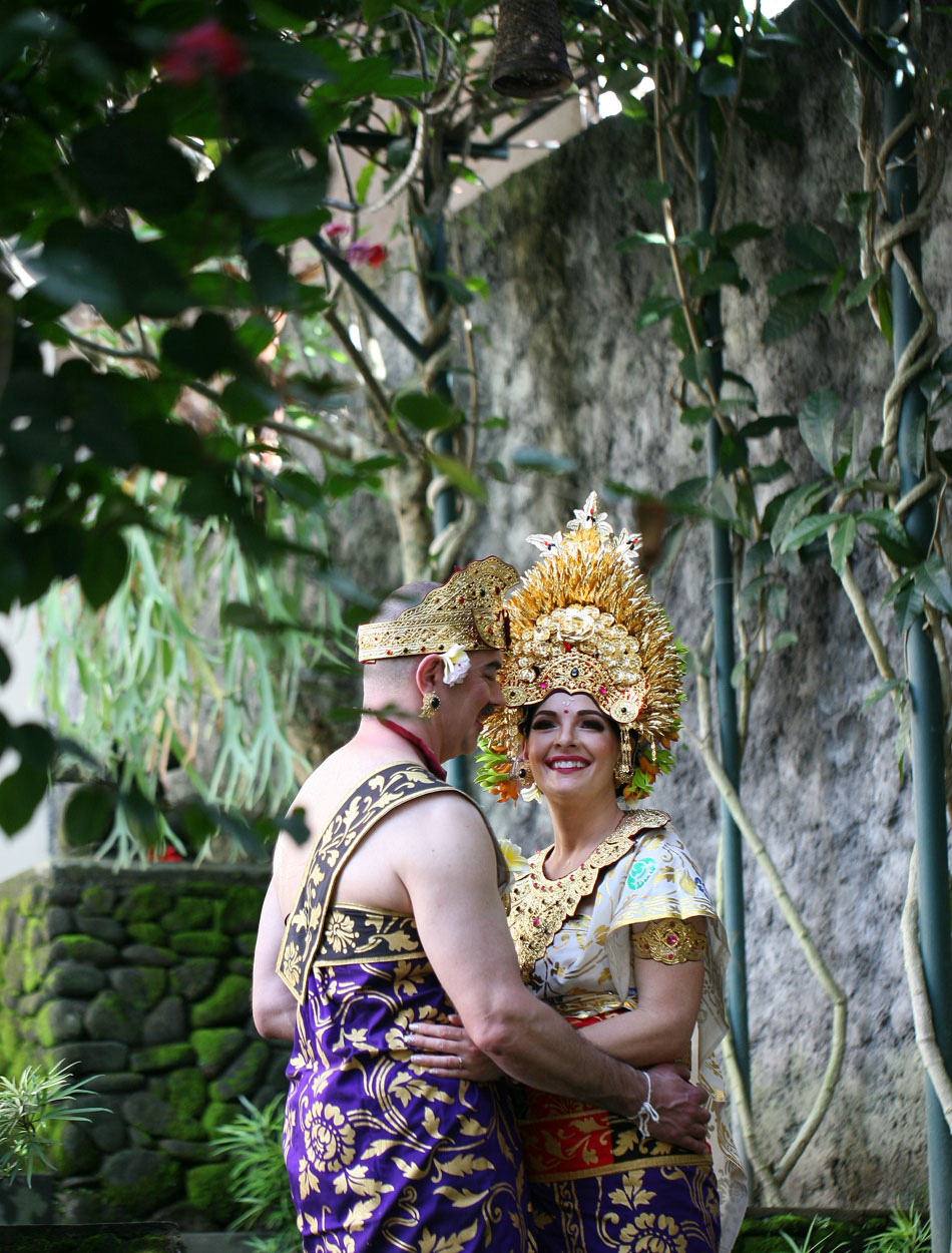 cynthia and mark balinese blessing ceremony