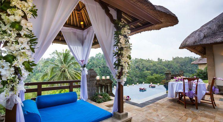 puri wulandari water wedding