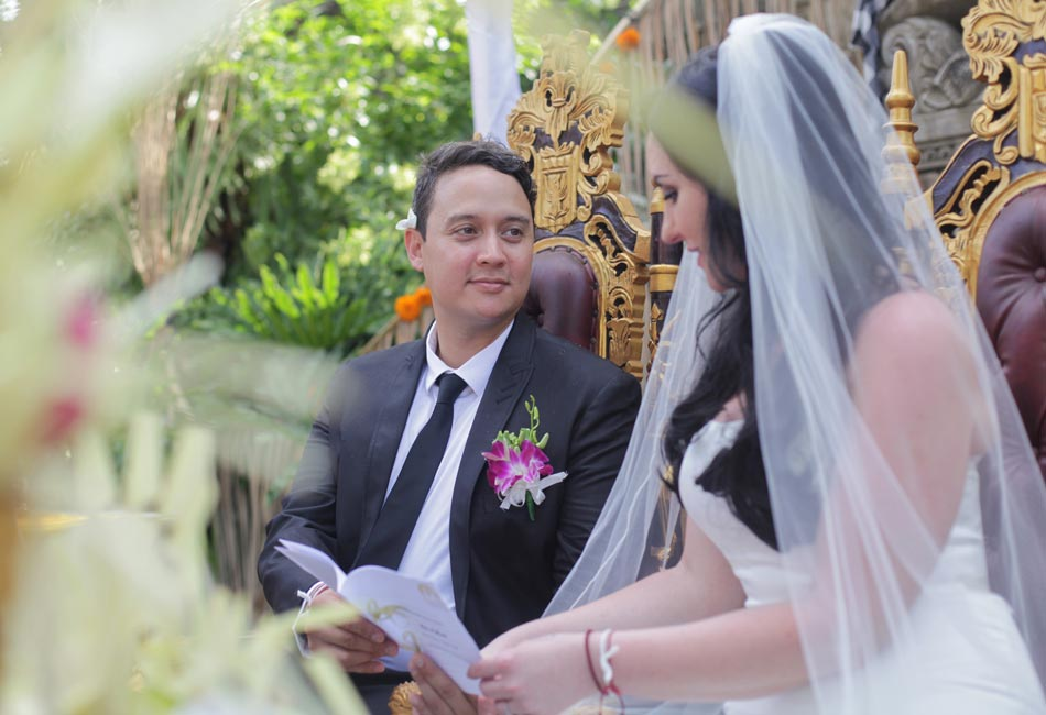 rita and mark balinese wedding