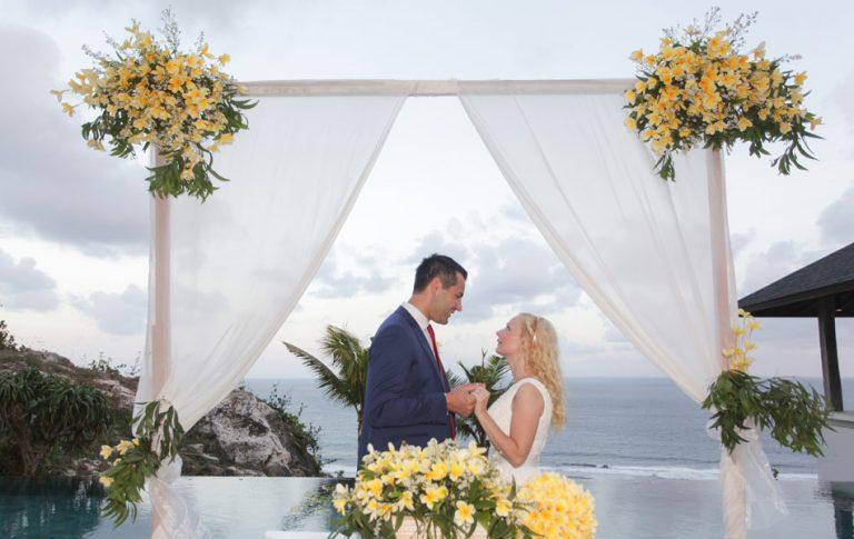 Waldin and Pavla bali commitment wedding