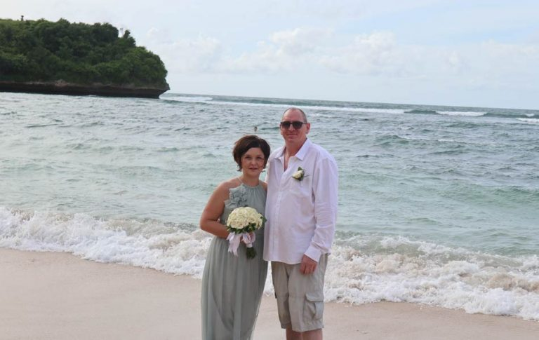 Marta - Mark Soutar bali wedding anniversary