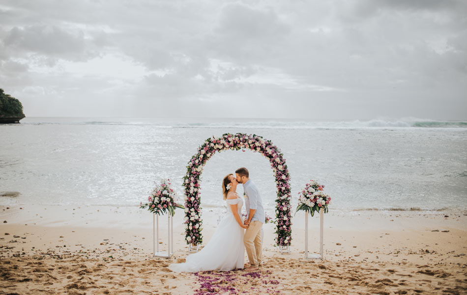 ophelia fabian commitment wedding - balangan beach wedding