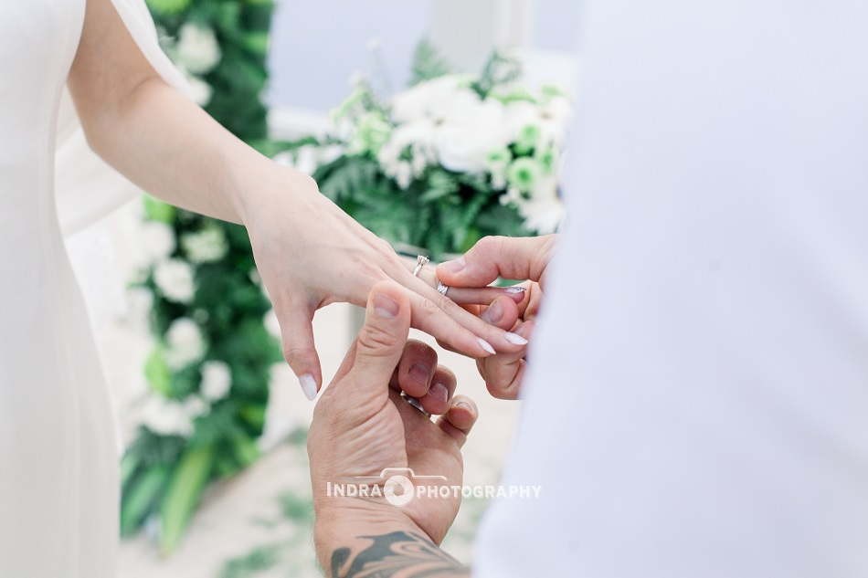 Sonia and Craig wedding - Le Meridien Resort Bali
