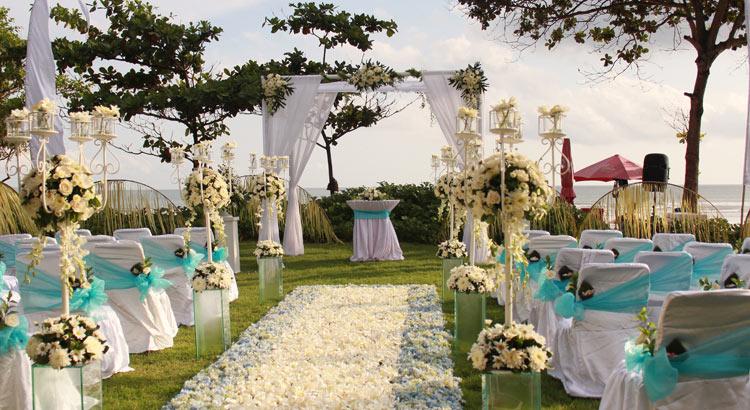the royal seminyak wedding package