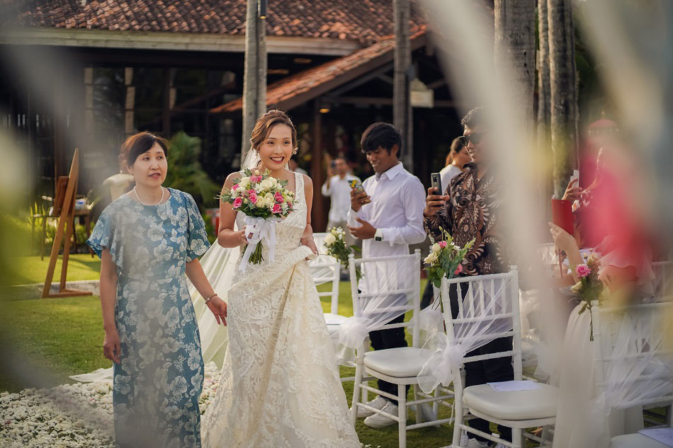 Heri and Chinami Tying the Knot Wedding Ceremony