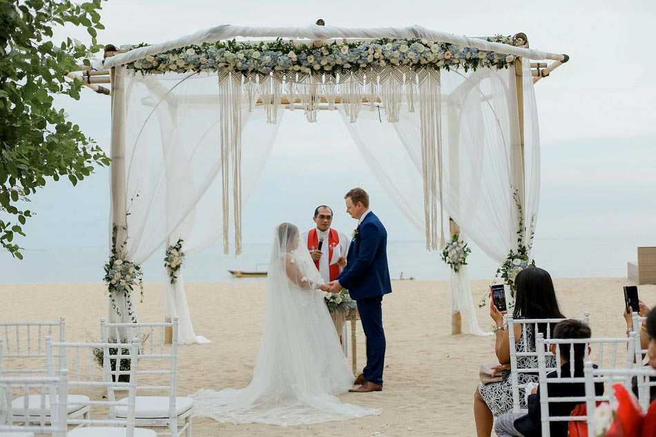Bali Kelly and Daniel Legal Bali Wedding