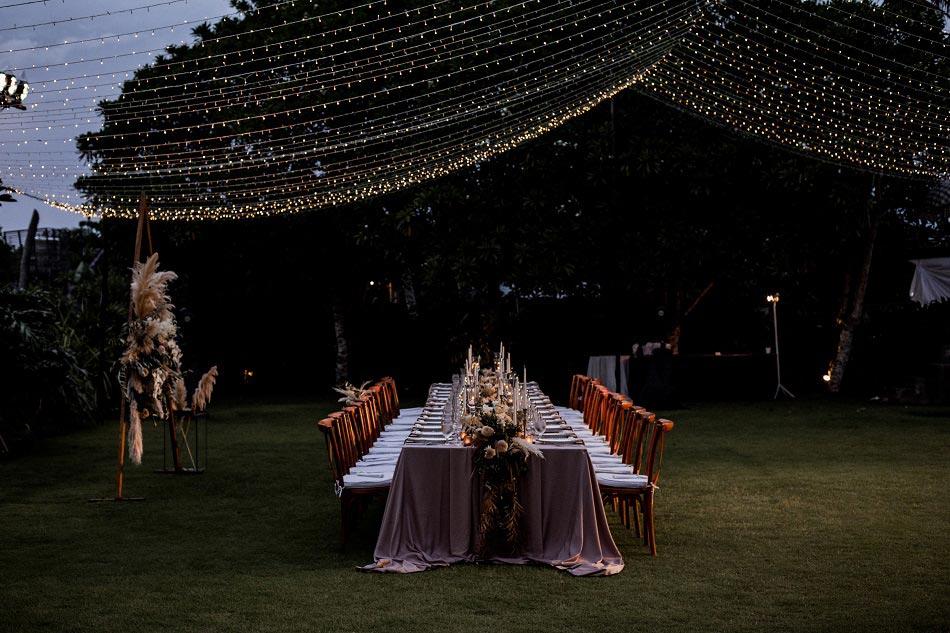 Vivi and Alex Bali Wedding Dinner Decorations