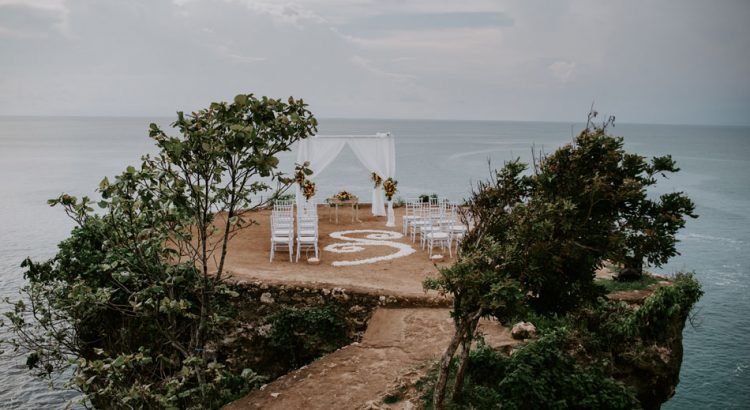 balangan cliff wedding package